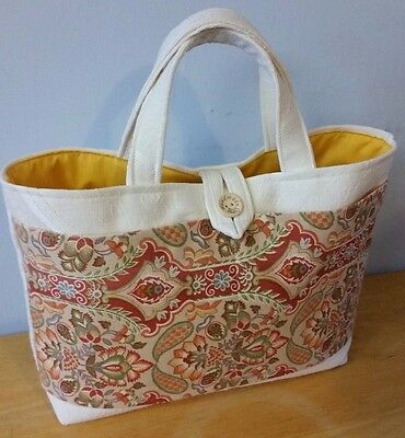 Small Knitting or Crochet Bag, Double Front Pocket in Vintage Cotton Print