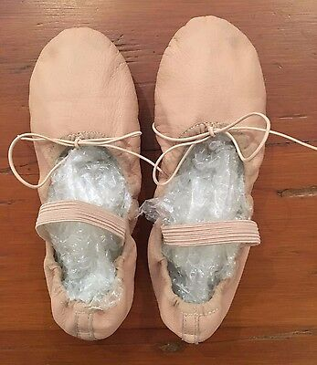 Girls PAUL WRIGHT Ballet Slippers / Leather Shoes - Size 4