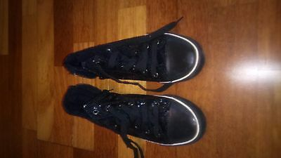 girls black trainers size 3 (35 euro)