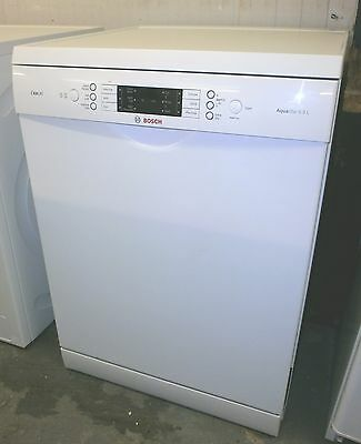 Bosch Full Size Digital Dishwasher SMS65E12GB *Local Delivery Available*