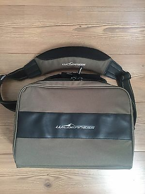 Daiwa Wilderness Fishing Reel Case Bag Carrier*NEW*