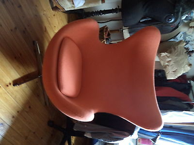 Lot de  fauteuils style Jacobsen