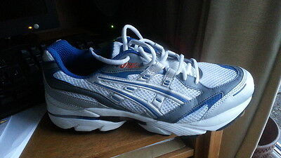 mens asics running shoes GT2080 size 9 (44)