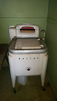 Vintage Antique Maytag Washing Machine E2L