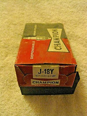 Vintage Champion NEW Old Stock J-18Y Spark Plugs Set of 10