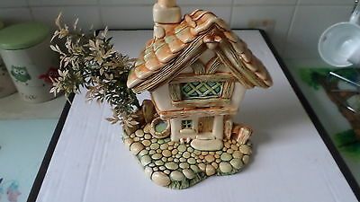 Pendelfin Cobble Cottage . with Foliage