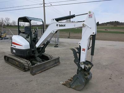 2015 Bobcat E 35 Mini Excavator, ONLY 387 Hrs!!, 2 Spd, Hyd. Thumb, NICE UNIT