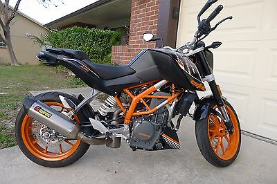 2015 KTM Other  KTM 390 Duke motorcycle. Akrapovic exhaust. Low reserve. Only 759 orig miles.