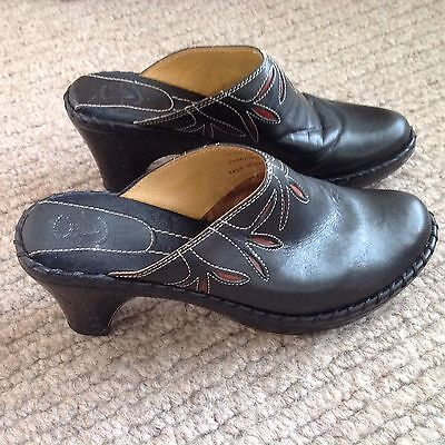 Frye USA Boots Clogs Size 9 Black Leather With Red Inlay, Gorgeous