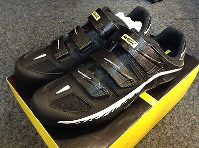 New and Unused Mavic Aksium II (2) Cycling Shoes Size 9 Black/White