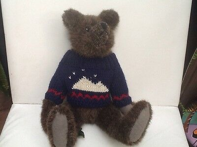 Mary Meyer 1993 GREEN MOUNTAIN BEAR By Carol Carini - Blue Sweater - Cute Teddy