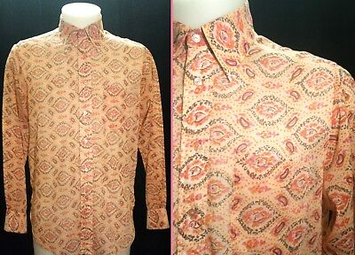 "Vintage Rare 1960's Psychedelic Paisley dagger collar shirt Size: 15 1/2"" Collar"