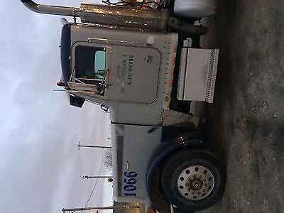 95 day cab conventional peterbilt