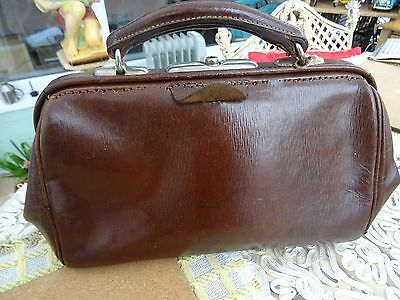 Vintage Small Leather Gladstone Bag WITH KEY