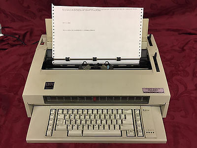vintage IBM Wheelwriter 3 electronic home/office typewriter 674X - working