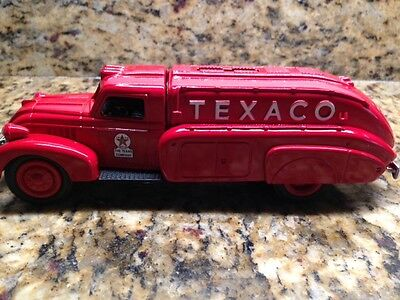1993 ERTL TEXACO 1939 Dodge Airflow Tanker Truck die cast metal bank NIB