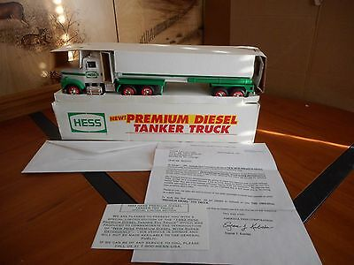 Hess Truck 1993 Premium Diesel Tanker Truck In Mint Condition W/papers
