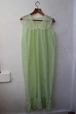vintage pale green night dress floral white lace nightie long frill large 1970s