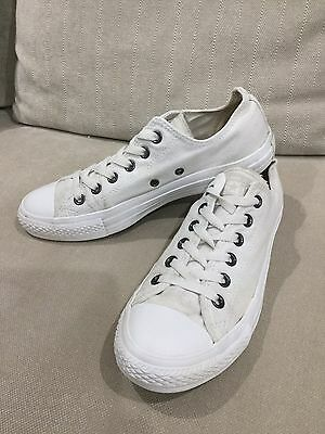 White Converse Shoes All Star Low Tops Womens 9 Mens 7 Sneakers