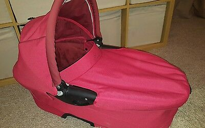 quinny buzz dreami carrycot in red