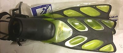 NEW Beaver Prodigy Fins Size Regular Snorkel Diving Flippers - Yellow