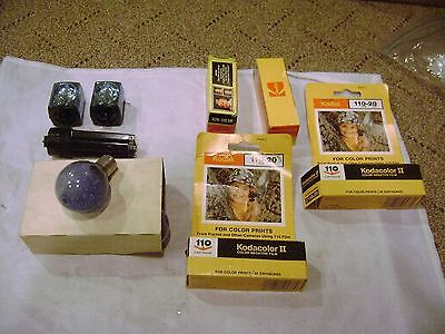 vintage kodacolor film and flash bulbs mixed lot  kodak