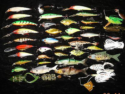 Lot of 42 lures for Bass, Pike, Walleye and Perch