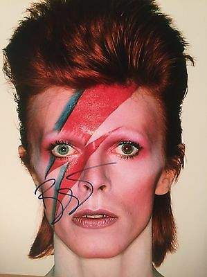 Authentic David Bowie Hand Signed autographed photo 8 x 10 w COA Ziggy Stardust