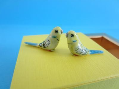 WonNEW TWO SUPER MINI (MINIATURE) BUDGIES FIGURINES, THEY ARE SO LOVELY WITH BOX