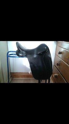 "Black Country Eloquence Dressage Saddle 17.5"" Med Wide Gullet"