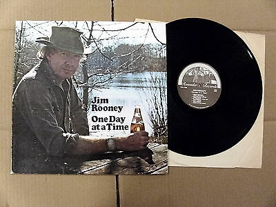 JIM ROONEY - ONE DAY AT A TIME (1975) 1st US ROUNDER PRSS  FOLK COUNTRY WORLD