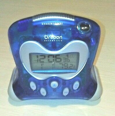 Oregon Scientific RM313PNA Self-Setting Projection Alarm Clock with Indoor Therm