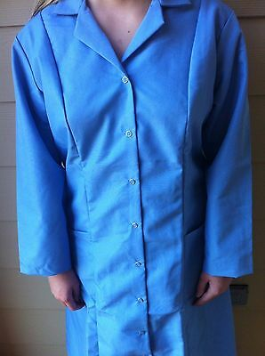 Women's Ceil Blue Red Kap Snap Front Lab Coat size Medium for 10.00ea
