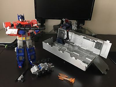 Transformers G1 Masterpiece Optimus Prime MP-01 Hasbro With Trailer