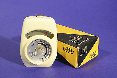 Bertram Bewi Quick Light Exposure Meter ** Working