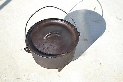 Vintage Metters 10 Inch Camp Oven