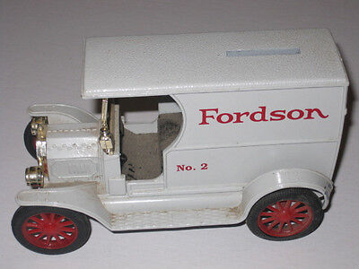 Ertl Die Cast Metal Replica Ford 1912 Fordson Open Front Panel Delivery Bank