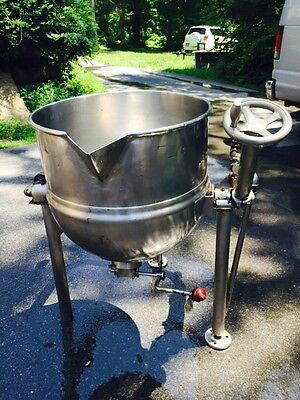 Groen Dover D2/BV/20 Tilting Stainless Steel Steam Kettle 20 Gallon