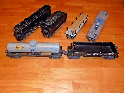Lionel #671 Engine Freight Set With Whistle Tender And Freight Cars