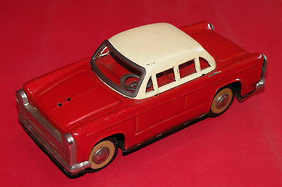 VINTAGE RARE TIN TOY FRICTION CAR 1960's MF 032 MADE IN CHINA