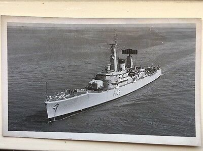 Official Royal Navy Photo HMS Leander