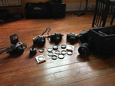 Lot of Vintage 35mm Cameras 2 Canon & 2 Minolta Plus Lenses, Diffusers, and Bag