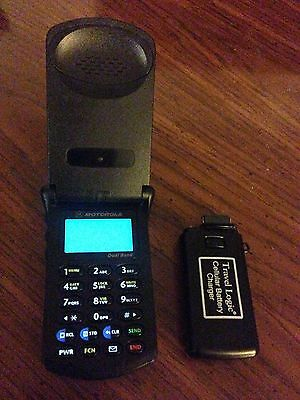 Motorola StarTac Flip Phone with Battery and Emergency Charger - Works