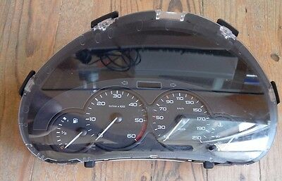 compteur 206 HDI DIESEL Peugeot 206 2 broches 4 cadrans 252.439 km