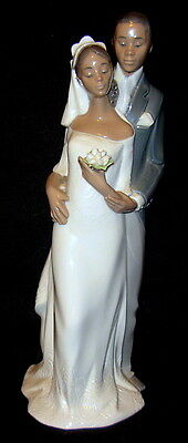 """Lladro """"Forever Yours"""" #8332 - Glaze with Original Box"""