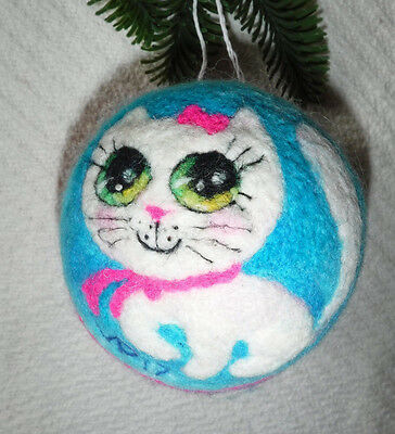 White Kitten Cat OOAK Textile Wool Art Felted Wool Painting Hand Made Ornament