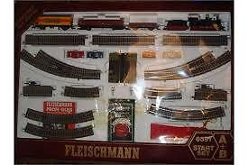 Fleischmann 6391 A+B HO Starter Train Set