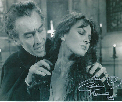 Caroline Munro SIGNED photo - J875 - Dracula A.D. 1972
