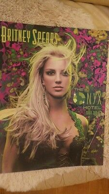 Britney Spears The Onyx Hotel Tour 2004 Programme Rare.