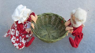 1969-1970 Annalee Doll Christmas Santa & Mrs. Claus Holding Basket